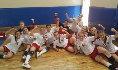Küçükler Hentbol Türkiye Şampiyonası final ilk maçında Takımımız Anadolu Üniversitesini 34-28 yendik.