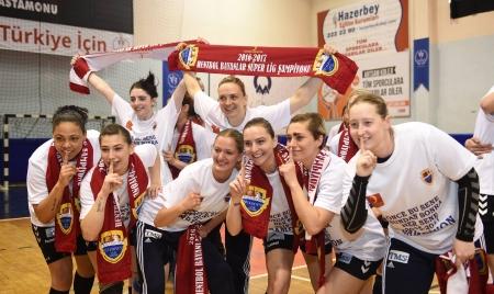 Kadınlar Hentbol'da Anadolunun Zaferi