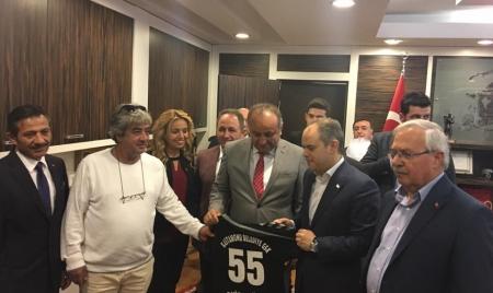 Gençlik Ve Spor Bakanı Sayın Akif Çağatay Kılıç Belediyemizi ziyaret etti.