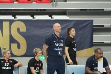 """Antrenörümüz Buceschi: """"Galibiyet bizim için güzel oldu"""""""